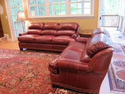 Craigslist Austin Leather Sofa by H U0026m 8134 And 8133 Austin Sofa And Loveseat In Yardley Merlot