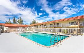 Crystal Lake Apartments Rentals Miami Gardens FL