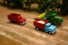 Aaron Here Are Some Pics Of My Truck. | 1/64 Farm And Construction ... Custom 164 Farm Trucks At The 2015 St Louis Toy Show Youtube Some New Stuff Long Haul Trucker Newray Toys Ca Inc Truck Products 116th Scale New Holland Country Store 1987 Ertl Grain Set W Case 2594 Tractor Wagon Moores For Fun A Dealer Dusty Acres Updates Farmin Llc Presents Mini Chrome Shop Harvesting Archives Rockin H