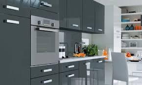 magasin but cuisine design cuisine en gris couleur stunning decoration mur d et