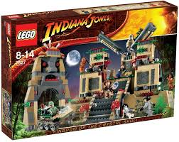LEGO Indiana Jones 7627 Temple Of The Crystal Skull: Amazon.co.uk ...