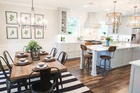 Adorable Kitchen Dining Room Combo Fixer Upper Area And Timber Table Could Add An Island To