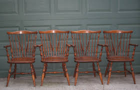 Lovely American Made Solid Maple Set Of 4 Windsor Back ... Home Decor Tempting Windsor Ding Chairs Cool Dr Dimes Genuine Farmhouse Farm Table South American Walnut 180758555 Lovely Made Solid Maple Set Of 4 Back Antique Stiback Chairs And Table In Colonial The Best Ding You Can Buy Business Insider Senarai Harga Nordic Chair Classic Style Modern 2 Ethan Allen Impressions Solid Cherry Slat Back 246401 Ted Spindles Safavieh Parker Spindle Set Of New Haven