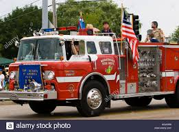 Red Fire Engine Stock Photos & Red Fire Engine Stock Images - Alamy 1990 Spartan Pumper Fire Truck T239 Indy 2018 New York Department Stock Video Footage Videoblocks Riviera Beach Volunteer Company Inc Home Facebook Greek Service Tracks Parade Refighters In Uniform Vintage Police Cars Fire Trucks On Display Naperville An Orcutt Christmas Includes Parade Under Sunny And Smokefree Long Island Fire Truckscom Kings Park 410 A Typical Rural Small Town Summer Celebration Featuring Trucks Photos Images Alamy Motion Of Burnaby Emergency Truck With 911 Sign Stopping