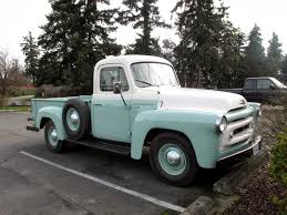 Seattle's Classics: 1956 International Harvester S110 Pickup
