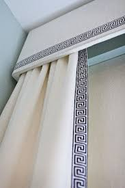 White Kitchen Curtains With Black Trim by Best 25 Navy And White Curtains Ideas On Pinterest Animal Skin