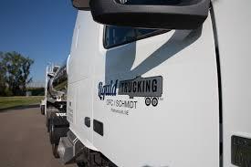 100 Roadshow Trucking Leading Bulk Liquid Company Recruiting New Drivers And