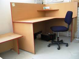 Single L Shaped Office Workstation With Privacy