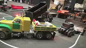 100 Old Mack Truck OLD MACK TRUCK PULLING 150 TONS DOZER Caterpillar PETER DUNKEL RC