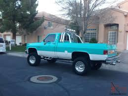 Classic Chevy Silverado Square Body 4x4 Old School 3