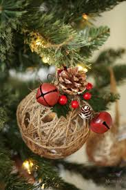 Saran Wrap Xmas Tree by Rustic Christmas Ornaments Tutorial Easy Glittered Twine Ball