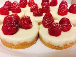 mini cheesecakes au chocolat blanc et framboises au thermomix
