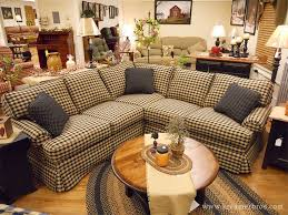 Primitive Living Rooms Pinterest by Best 25 Country Sofas Ideas On Pinterest French Country Sofa