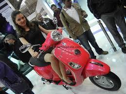 Vespa LX 125 India 18