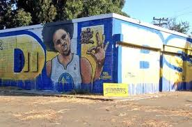 street artists create incredible warriors mural featuring stephen
