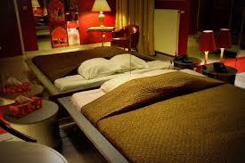 la chambre du sexe hôtel de jour chambre miroirs en journée entre charleroi et nivelles