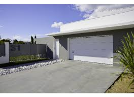 porte sectionnelle sur mesure de garage montana sectionnelle sur mesure extérieur