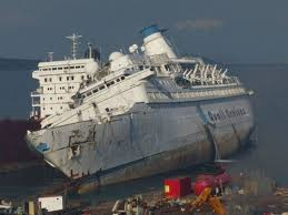 Cruise Ship Sinking Santorini by Sea Diamond Cruise Ship Sinking Off The Coast Of Greece April 5