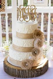 Wooden Wedding Cake Boards Easy Rustic Ideas That You Could Try In