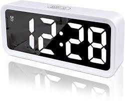 wecker digitaluhr digital wecker uhr mit großer lcd display datum und temperatur anzeige mit snooze und nachtlicht funktion für kinder für zuhause