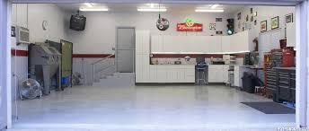 Valspar Garage Floor Coating Kit Instructions by Sarah U0027s Garage Also Has A Flootex Floor Coating In Blue Nightfall