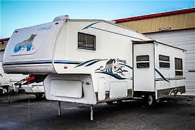 2004 Keystone Cougar 281 EFS 5th Wheel Camper