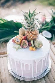 33 Beautiful And Yummy Tropical Wedding Cakes Weddingomania Cake Toppers