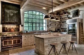 cuisine cagnarde îlot bois tabourets idée luminaires idées pour