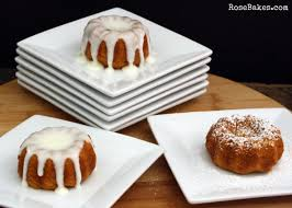 Pumpkin Spice Bundt Cake Using Cake Mix by Happy Thanksgiving Pumpkin Spice Mini Bundt Cakes With Cream