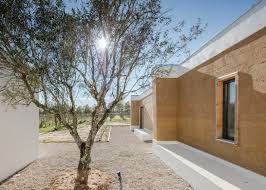 100 House Earth Blaanc Uses Rammed Earth For House In Portuguese Vineyard