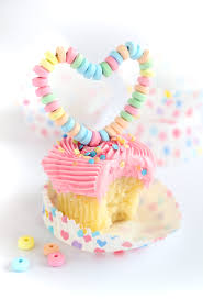 Yellow Cupcakes with Vanilla Buttercream and DIY Candy Heart Toppers
