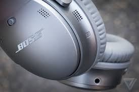 Bose QC 35 II Noise-canceling Headphones Are Almost $100 Off ...