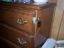 25 Lighters On My Dresser Mp3 Download by Miser Mom July 2012