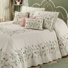Home Decor Bautiful Oversized King Bedspread With Posy Floral