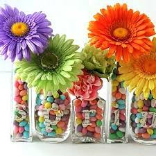 Ideas For Flower Arrangements Using Golf Balls Candy And Colorful Table Centerpieces