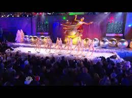 Nbc Rockefeller Christmas Tree Lighting 2014 by Christmas In Rockefeller Center 2011 The Radio City Rockettes