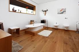 badezimmer parkett