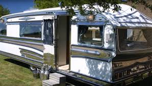 100 Restored Retro Campers For Sale 10 Classic Motorhomes And Vintage