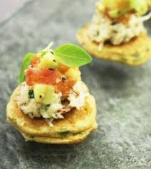 canapes but canap yay 2 crab canapes but neater and with an style