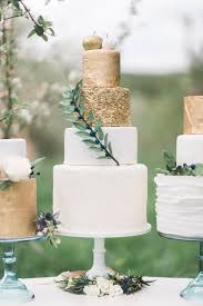 Wedding Cakes With Gold Detail