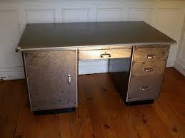 bureau en acier bureau d usine en acier brossé kardex éo strafor jpg tables