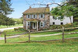 100 Fieldstone Houses 5 Really Old Stone Homes For Sale In Pennsylvanias Countryside