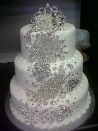 Best 25 Bling Cakes Ideas On Pinterest Pastel Blue Diamond Wedding