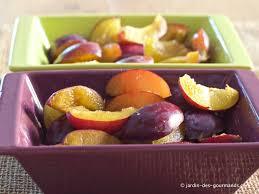 crumble de prunes rouges jardin des gourmandsjardin des gourmands
