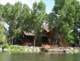 Beautiful Luxury Cabin in The Shores at Rainbow Lake gated