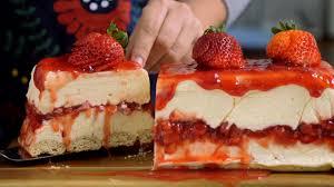 pxqrocxwsjcc 6NtEaJx6CWki8C6A4oGG8w white chocolate strawberry cheesecake landscape en