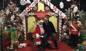 Santa at Petitti s Petitti Garden Centers fice
