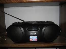 Ilive Under Cabinet Radio Walmart by Ilive Bluetooth Boombox With Cd Am Fm Walmart Com