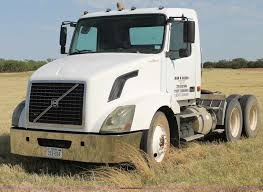 2006 Volvo VNL Semi Truck | Item C3881 | SOLD! June 17 Truck... 1998 Freightliner Century Class C120 Semi Truck Item H1584 Chrome Semi Truck Accsories Laredo Tx Tractor Trailer Rc Adventures Tamiya 114 King Hauler Futaba Video Following A Tanker Driving In The Desert Spike Lug Nut Covers Legal For Home Shop Mafia We Build Americas Favorite Custom Trucks White Big Rig Stock Photo Edit Now 1113761885 Blue Modern With Parts Led Lights Buy Online Woodysaccsoriescom American Made Model 1011507367 Premier Nw Signs For Success Worktruck Dumptruck 20 Chrome Bumper Usastar Heavydutytrucks