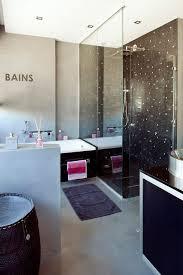 chambre suite avec salle de bains ouverte sur la chambre suites parentales au top